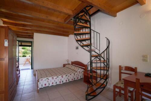 Υπνοδωμάτιο-κάτω όροφος